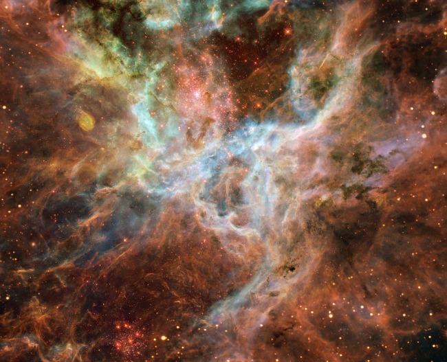 Tarantula Nebula, central portion. Doradus - Ngc 2070. Courtesy of Skeeze, thorough Pixabay.